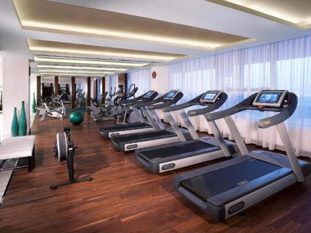 Fitness center Pullman Dubai Creek City Centre