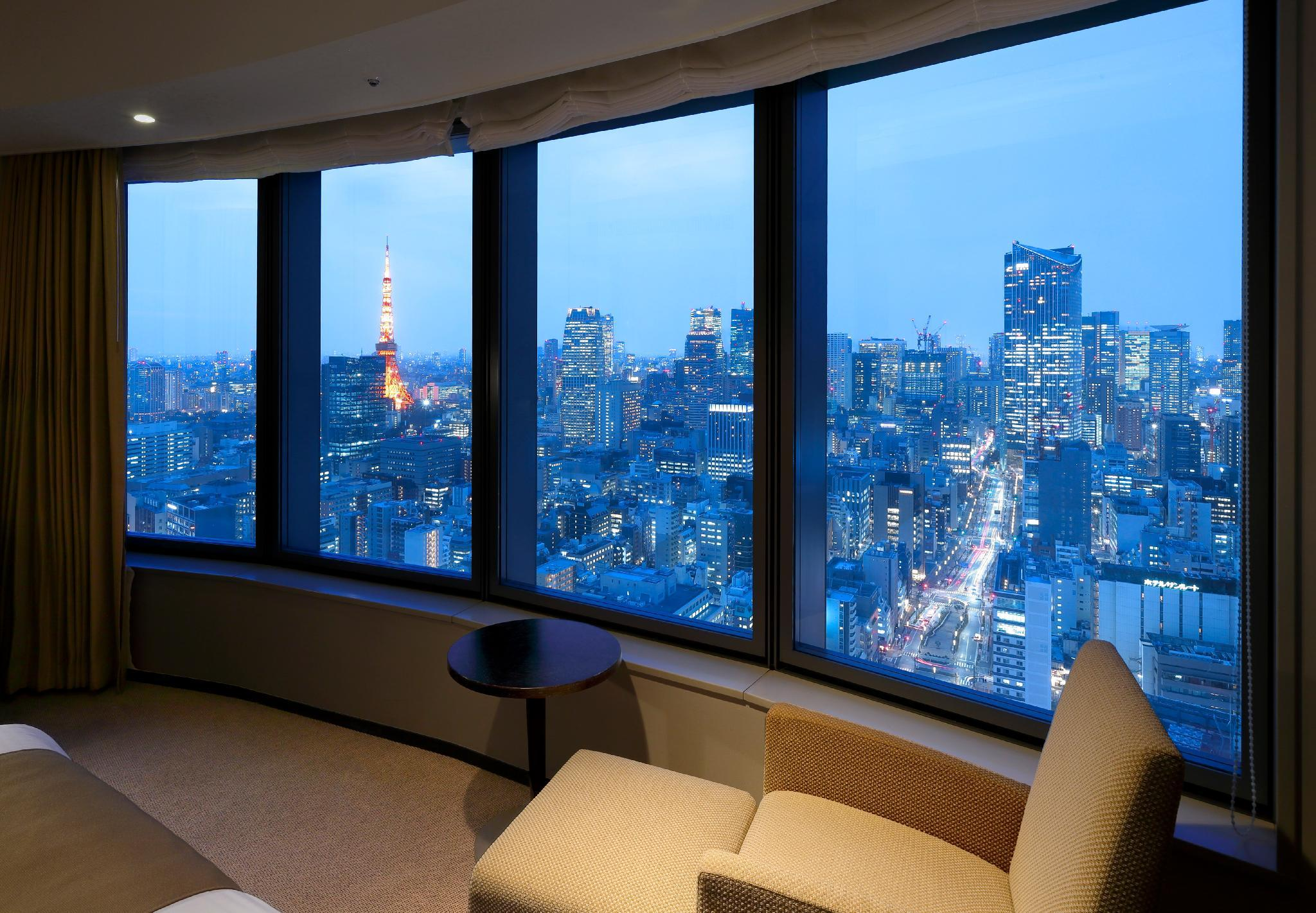 Corner King Room with Tokyo Tower View