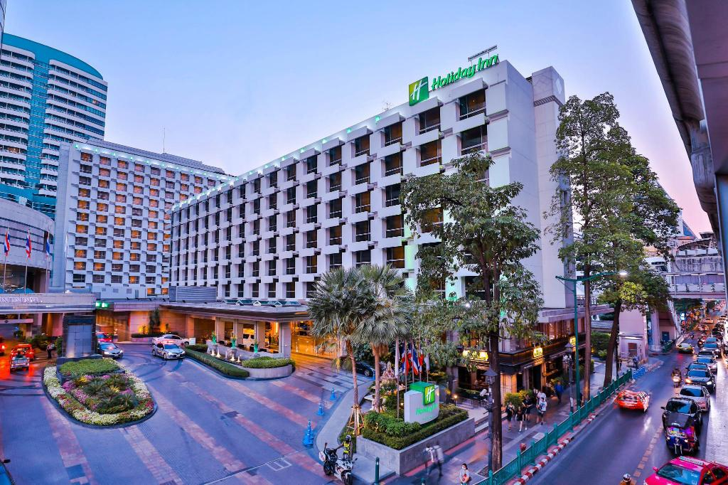曼谷假日酒店 (Holiday Inn Bangkok)