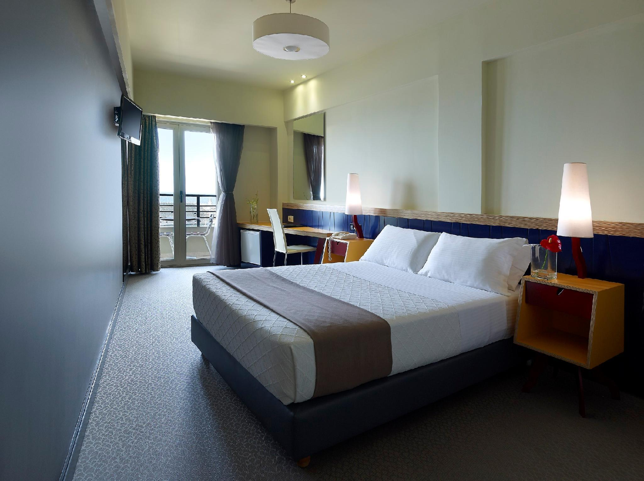 Kamar Superior dengan Pemandangan Laut (Superior Room with Sea View)