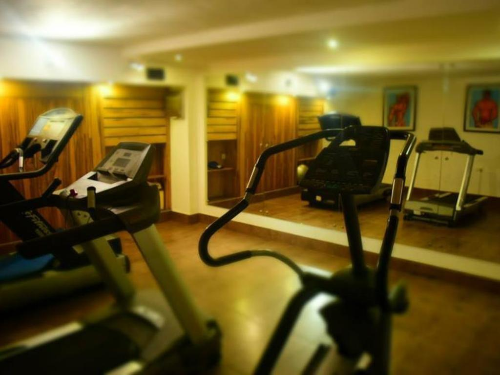 fitness centrum Roots Apartment Hotel