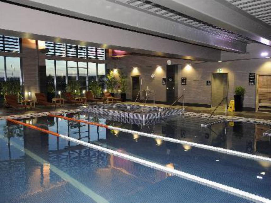 Swimming pool Village Hotel Coventry