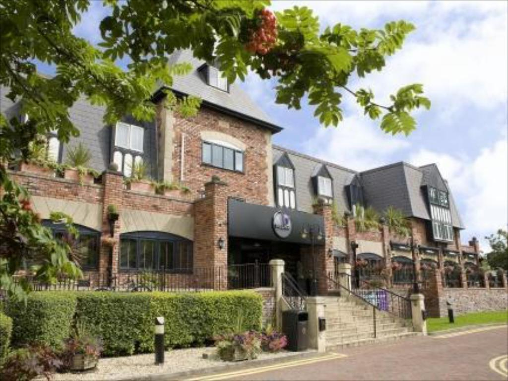 More about Village Hotel Manchester Cheadle