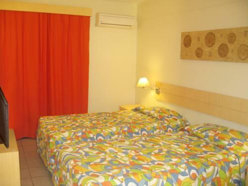 Superior Double Room with Partial Sea View