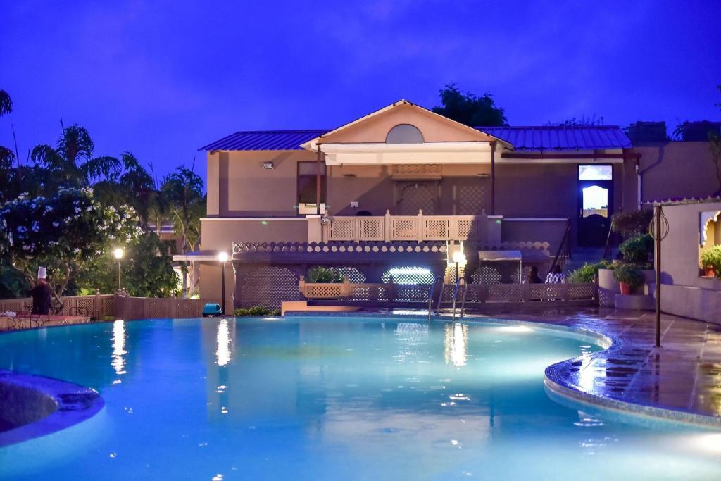 Araliayas Resort Hotel (Udaipur) - Deals, Photos & Reviews