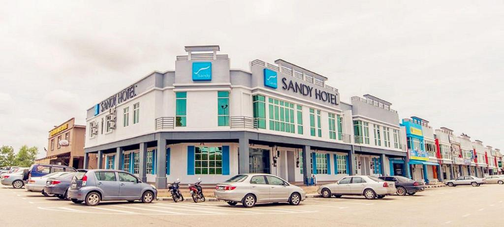 More about Sandy Hotel