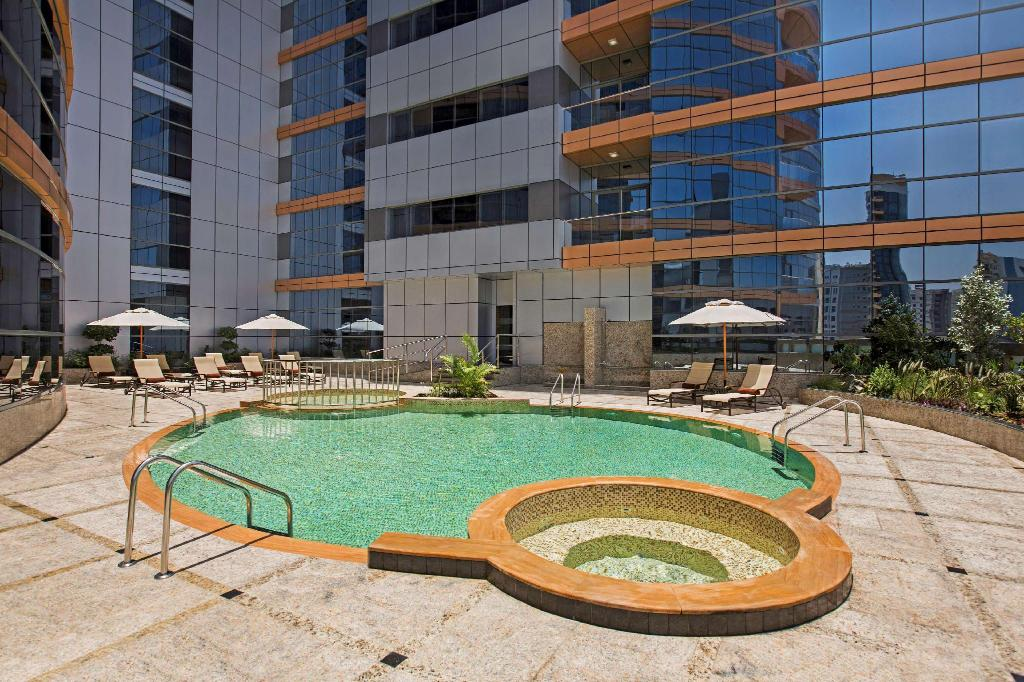 Swimming pool [outdoor] DoubleTree by Hilton Hotel and Residences Dubai Al Barsha