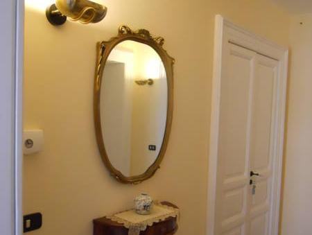 Habitació Doble o 2 llits i bany privat extern (Double or Twin Room with Private External Bathroom)