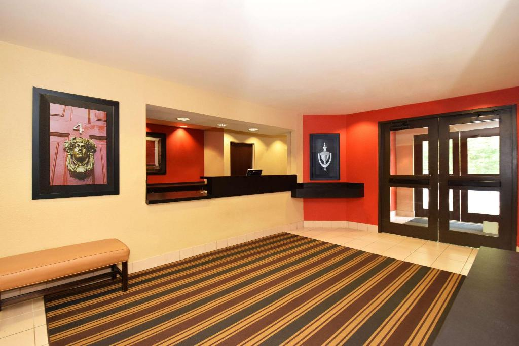 Lobby Extended Stay America Houston  Westchase  Richmond