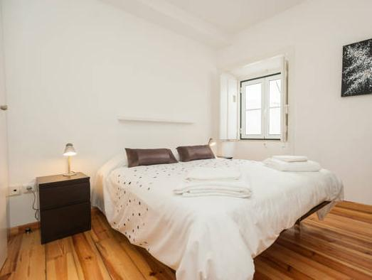 Superior Two-Bedroom Apartment (Beco do Bugio, nº12)
