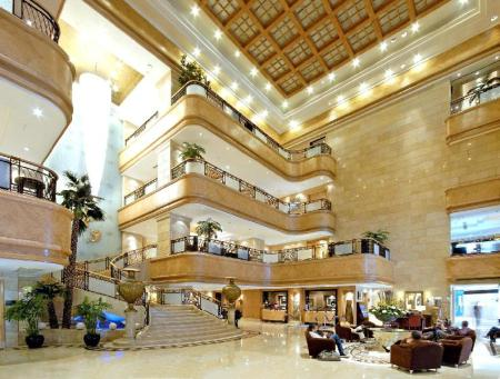 Foyer Crowne Plaza Qingdao
