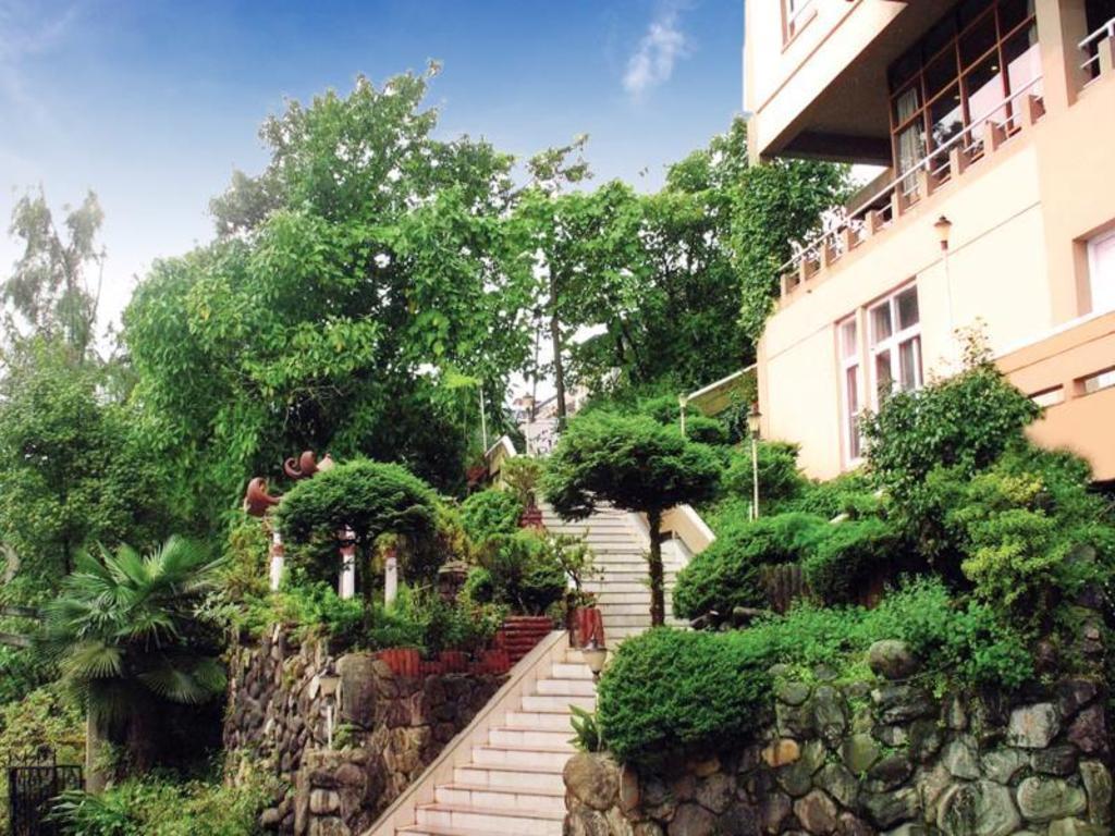 Hotel Sinclairs Darjeeling India Photos Room Rates