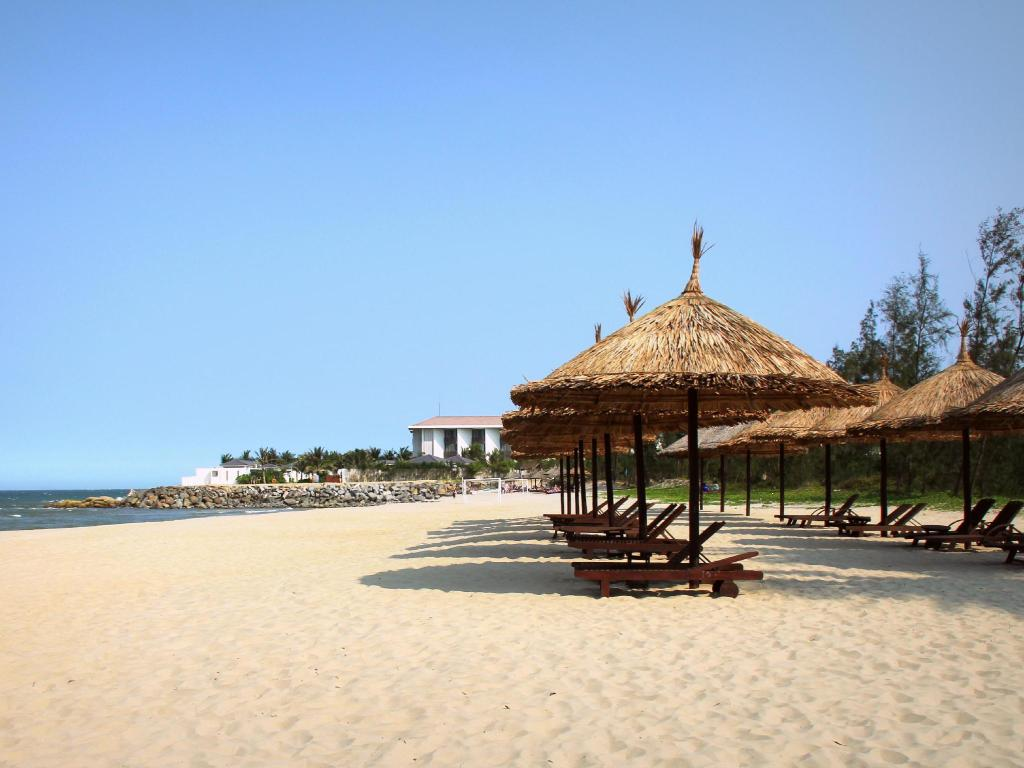 plajă Golden Sand Resort & Spa