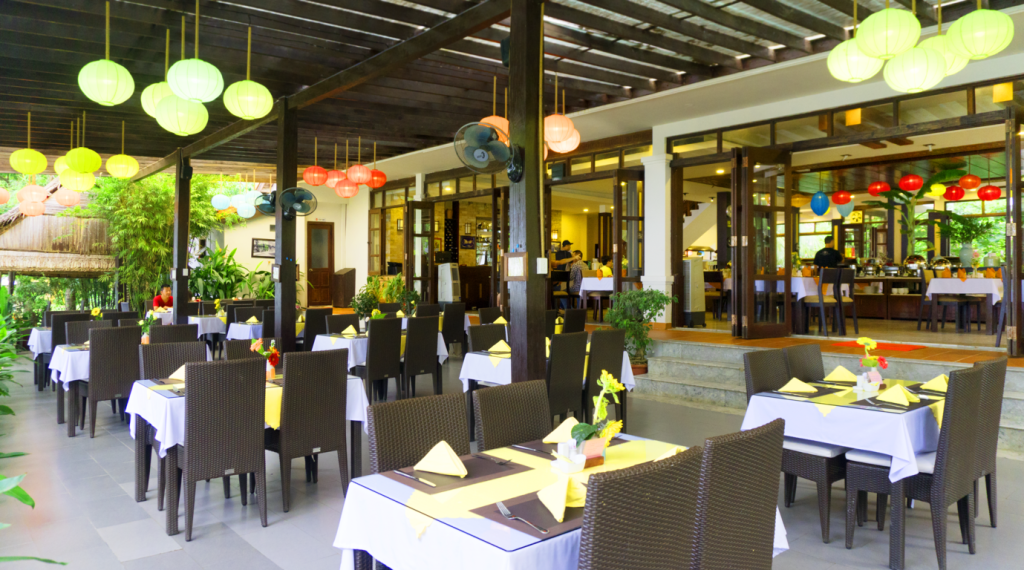 Restaurant Vinh Hung Riverside Resort