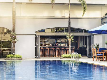 Swimming pool [outdoor] Mercure Yangon Kaba Aye