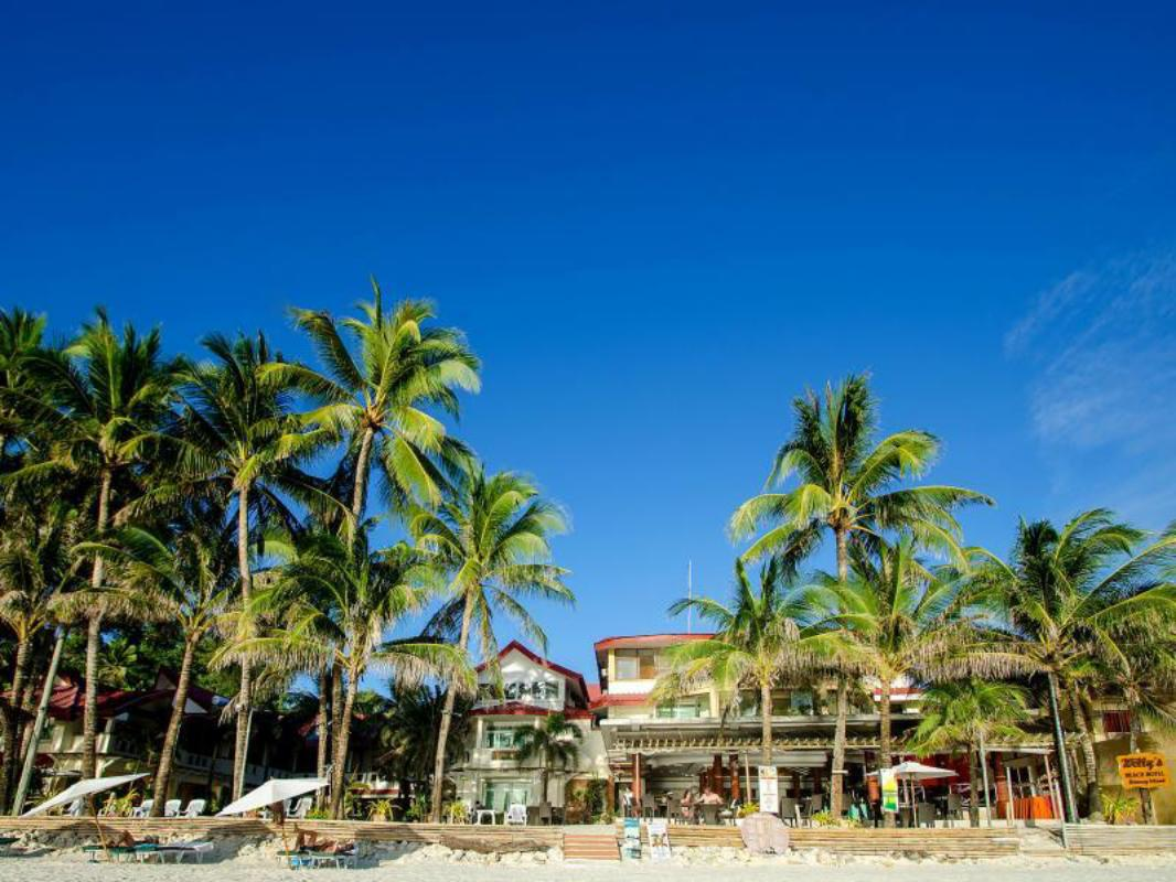 check-out c136c 368f8 Willy's Beach Hotel in Boracay Island - Room Deals, Photos ...