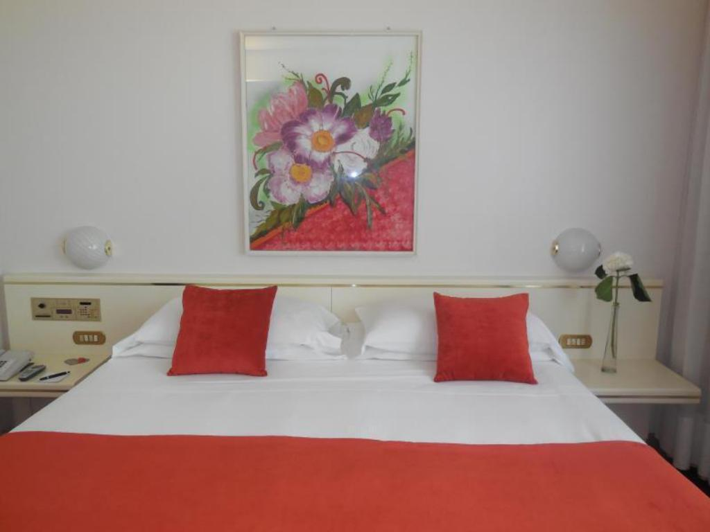 Double Classic - Bed Starhotels Cristallo Palace