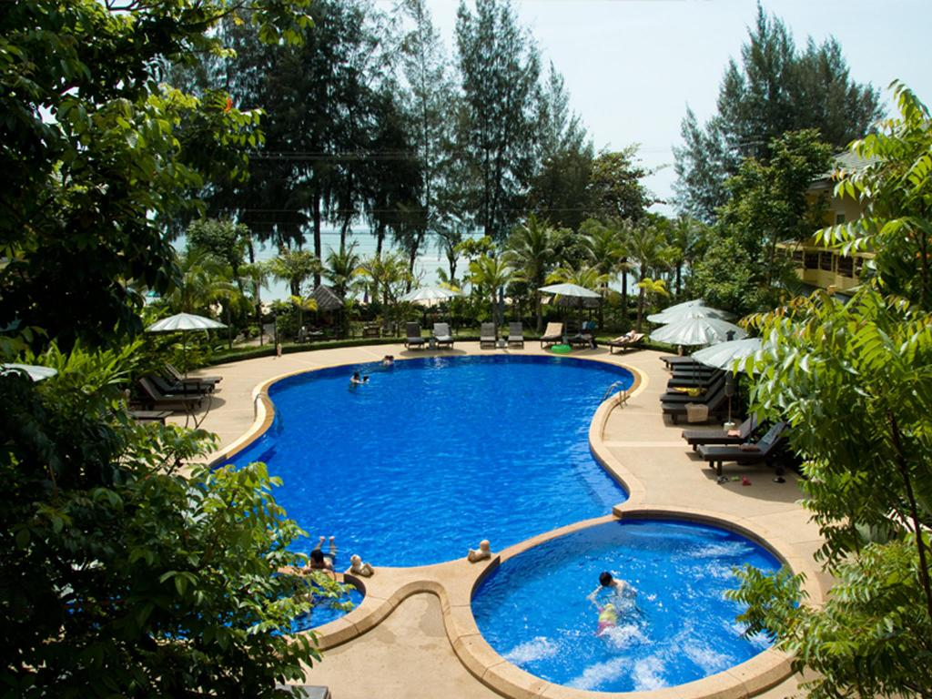 Swimming pool [outdoor] Bacchus Home Resort