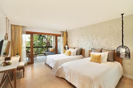Deluxe King or Twin Room with Balcony - Bed Bandara Resort & Spa