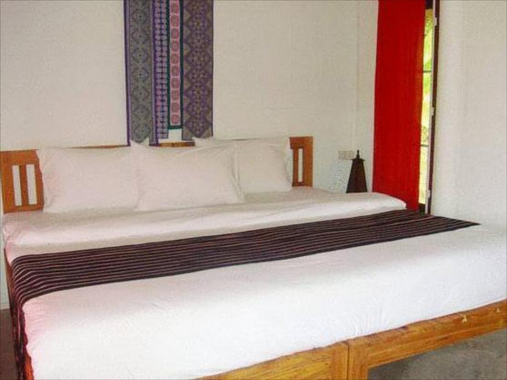 Superior Cottage - Bed Bulun Buri Resort