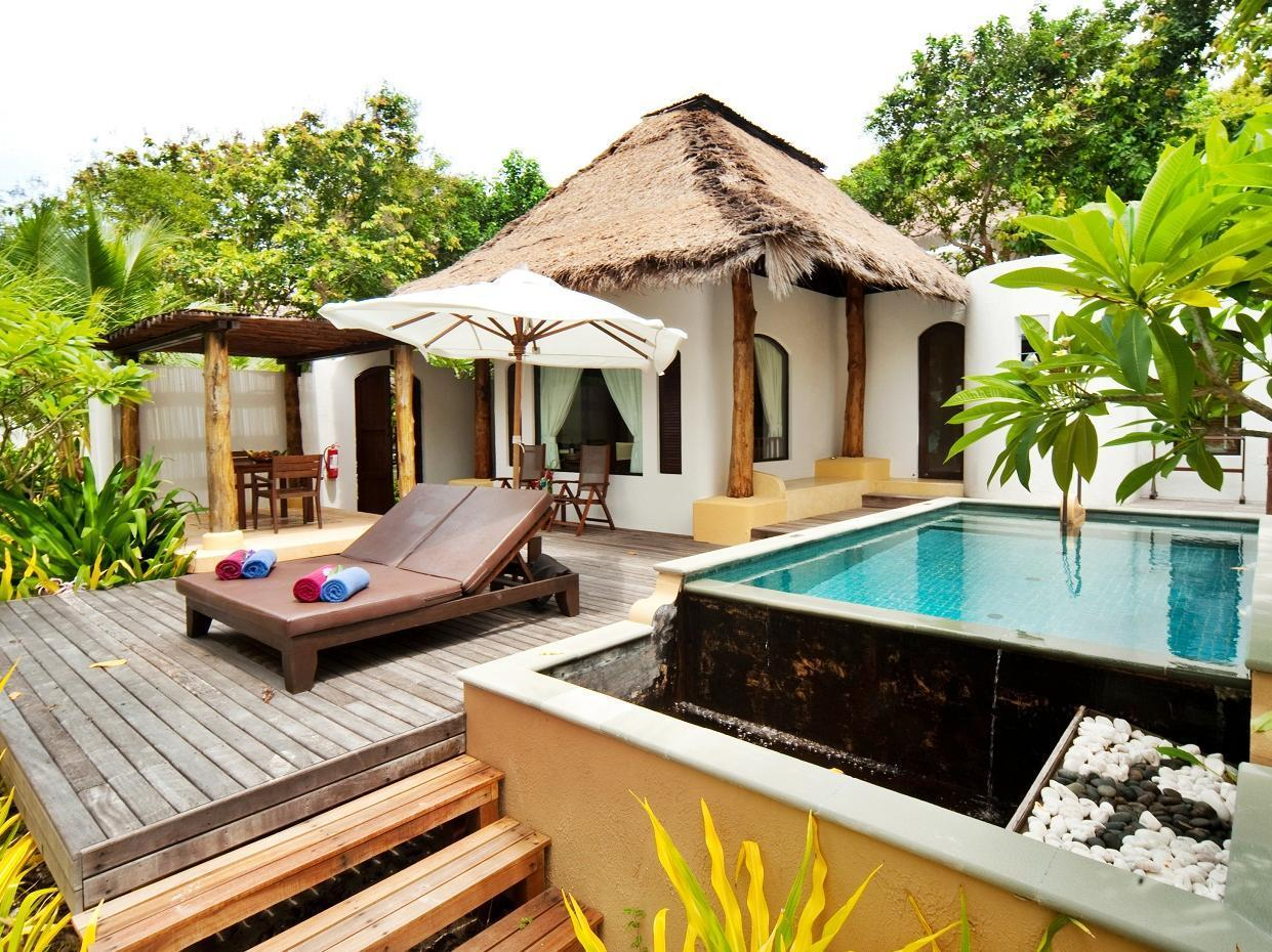 Villa - Beach front - Pool