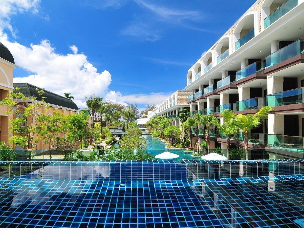 best price on phuket graceland resort spa in phuket. Black Bedroom Furniture Sets. Home Design Ideas