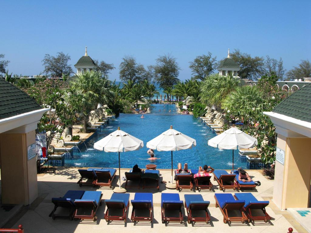 Swimming pool [outdoor] Phuket Graceland Resort & Spa (SHA Certified)