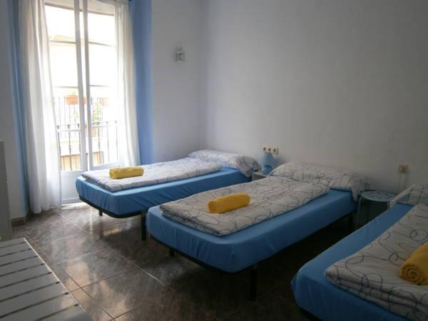 Casa Al Sur Terraza Hostel In Malaga Room Deals Photos