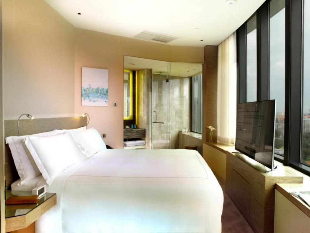 Mint Suite One Farrer Hotel (SG Clean)