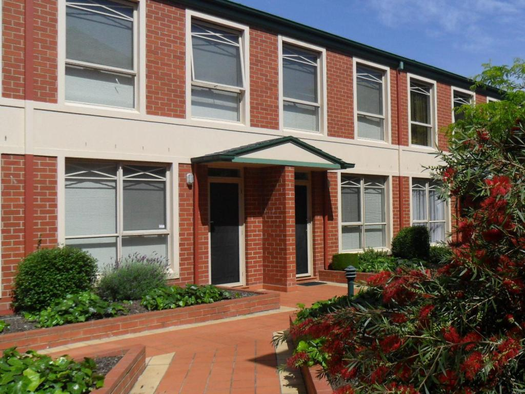 Exterior view Australian Home Away - Box Hill 2 Bedroom at Canterbury