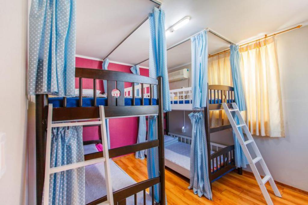 1 Person in 4-Bed Dormitory - Male Only Jeju Green Guesthouse