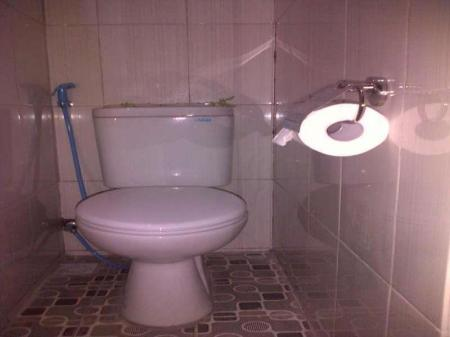 Bathroom Intan Inn Hotel and Resto Gili Trawangan