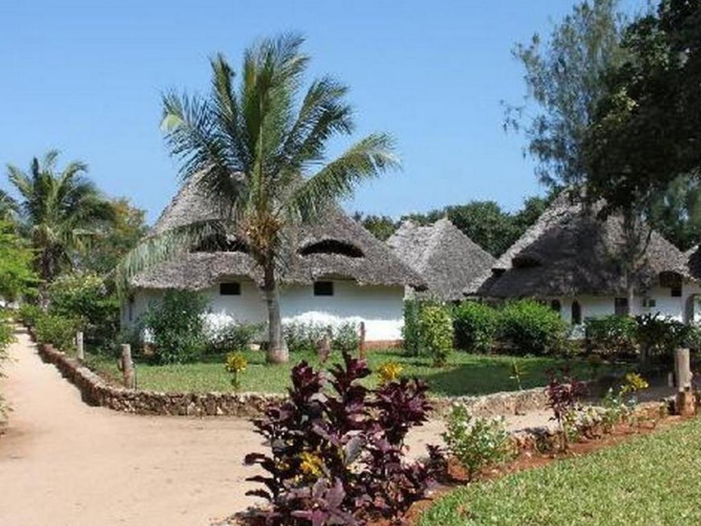 More about Baobab Beach Resort