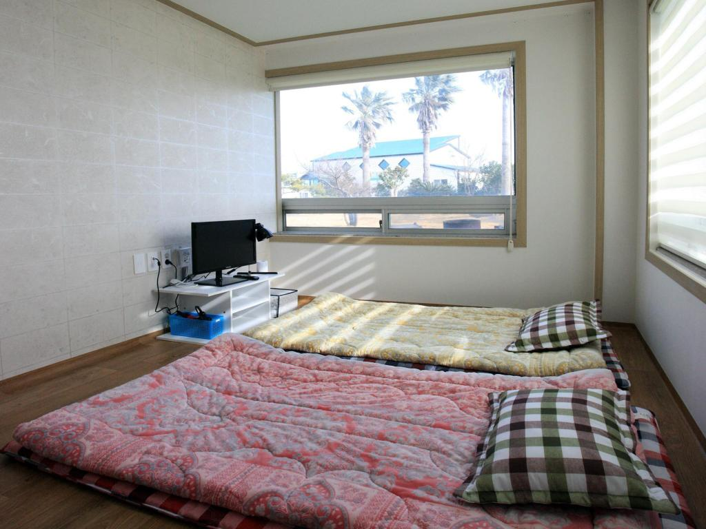 Korean Traditional Ondol Room Suncity Guesthouse