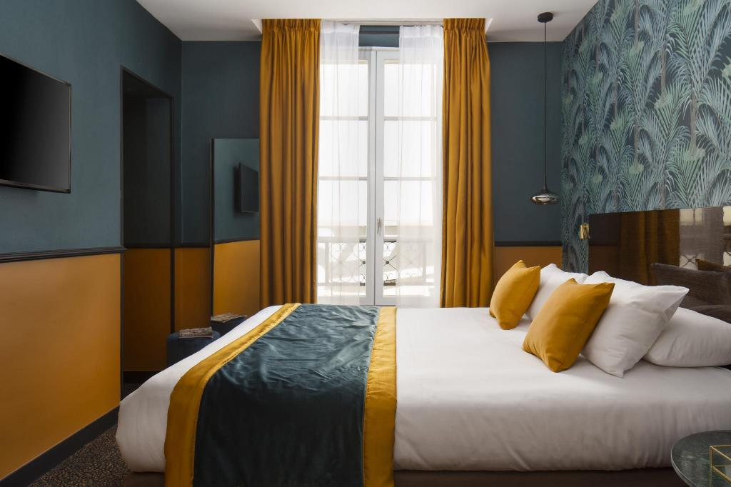 More about Le Rocroy Hotel Paris Gare du Nord