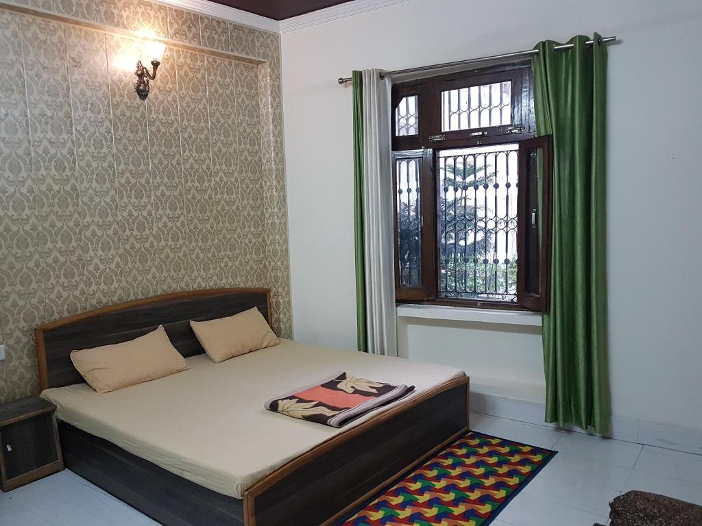 More about Sonu Guest House