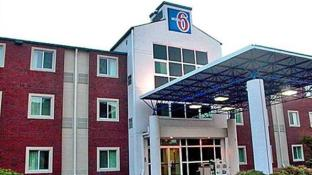 Motel 6 Newport Tn