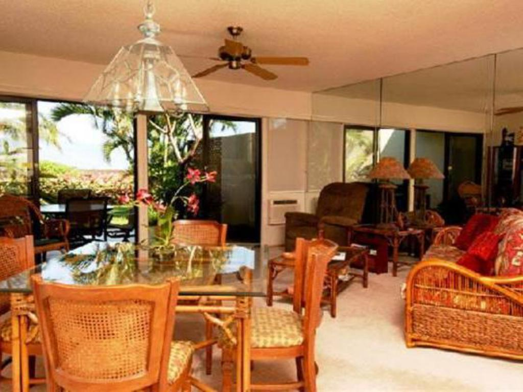 Interior view Maui Kamaole Suites by Condominium Rentals Hawaii