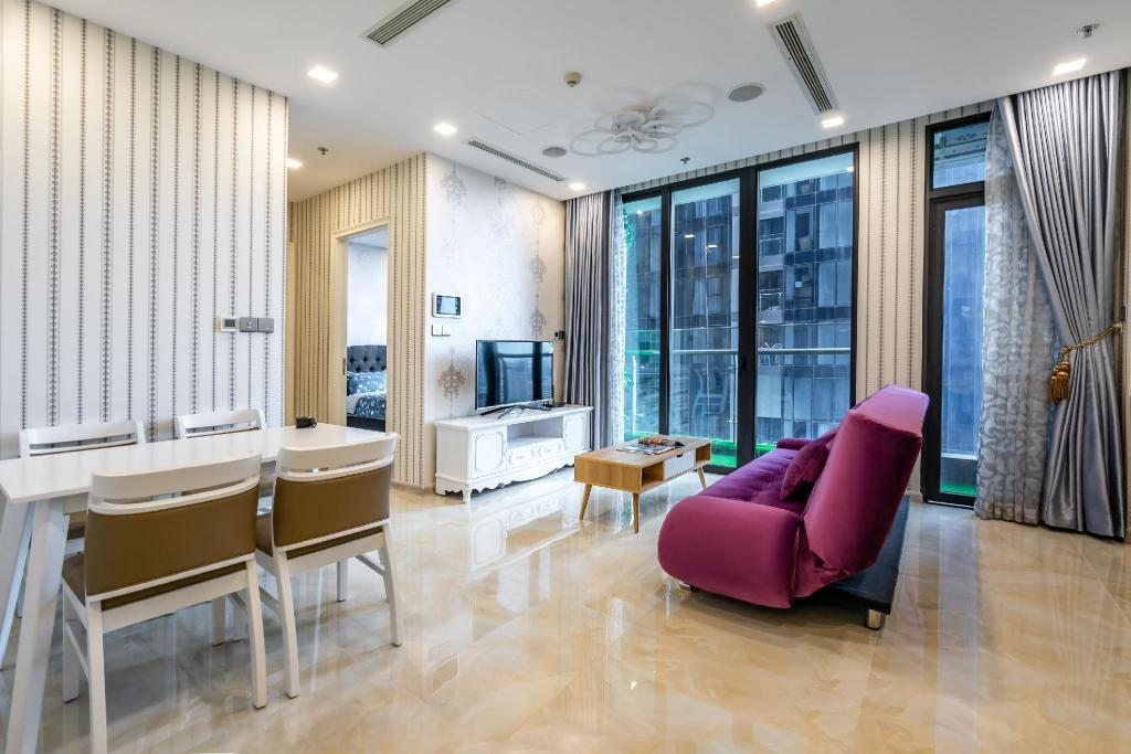 73m² 2 spavaća soba, 2 privatna kupaonica  u District 1