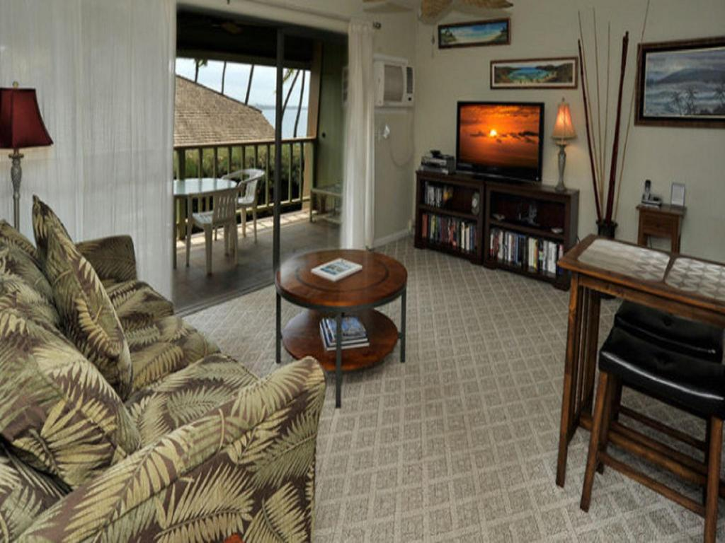 One-Bedroom Apartment with Ocean Front View Kihei Kai Oceanfront Condominiums