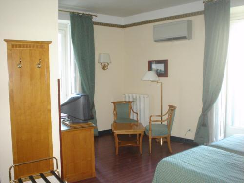 Best Price On Hotel Del Real Orto Botanico In Naples Reviews
