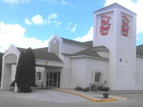 Superb Red Roof Inn Fargo
