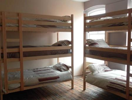 Bed in 15-Bed Mixed Dormitory Room