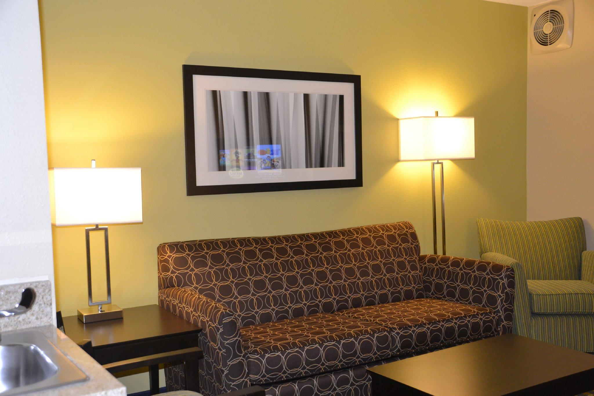 Holiday Inn Express Hotel & Suites Bloomington-Normal University