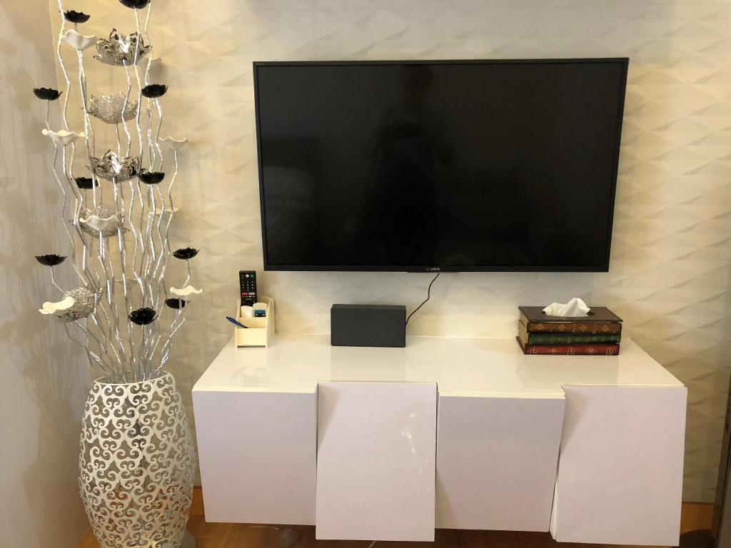 TV 20m² Studio Apartman sa 1 privatnom kupaonicom u Grad Quezon (SOPHIA's Home comfy & clean @Trees Residences)