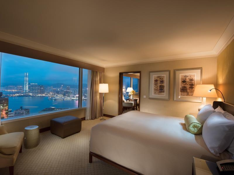Executive Harbour View Suite with King Bed