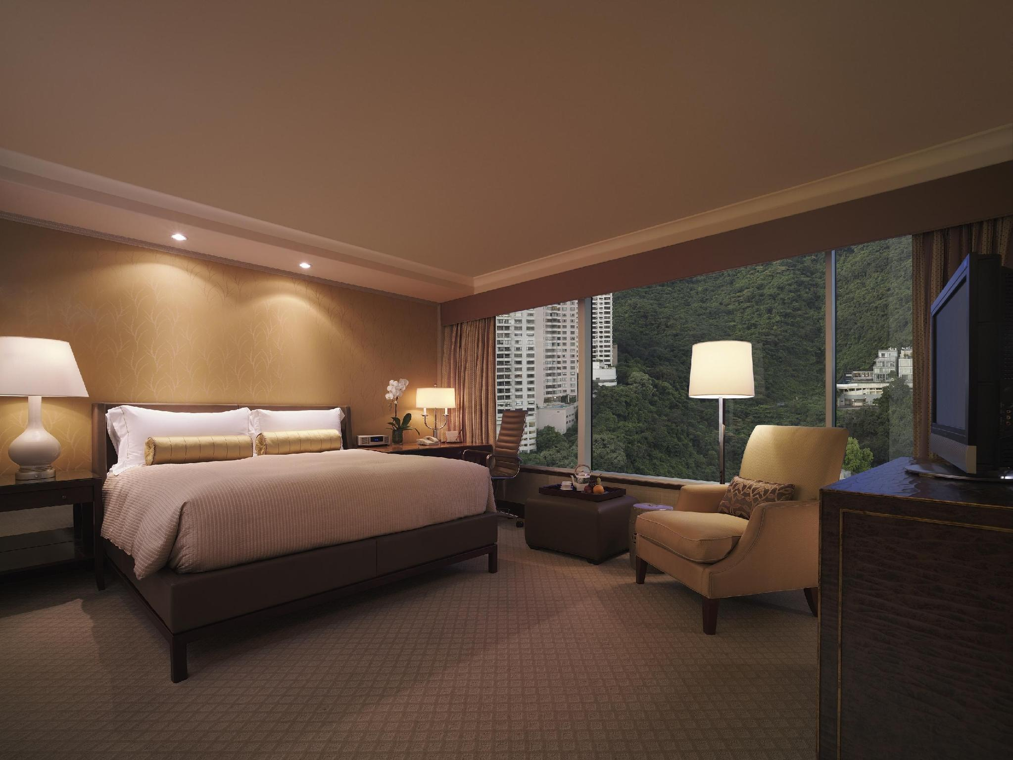 Executive Peak View Room With King Bed