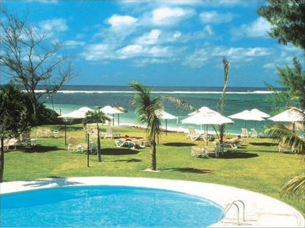 Best price on silver beach resort all inclusive in for Swimming pool mauritius