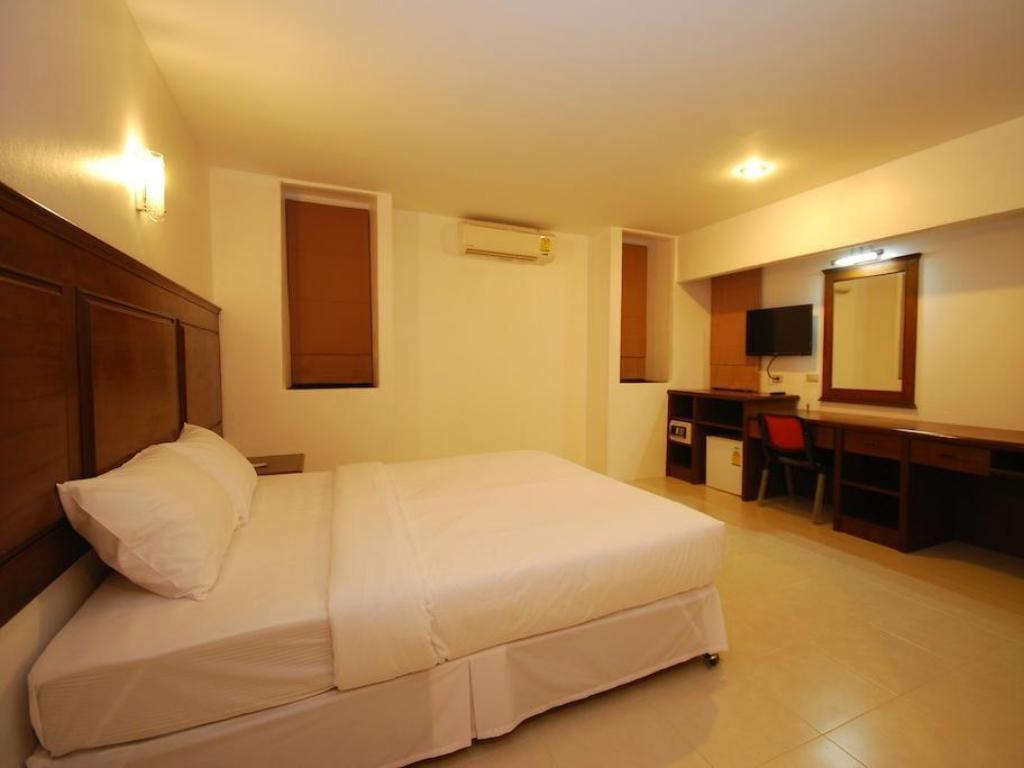 Quarto Deluxe - Cama Patong Budget Rooms