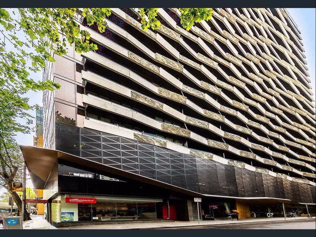 Best Price On Aura On Flinders Serviced Apartments In